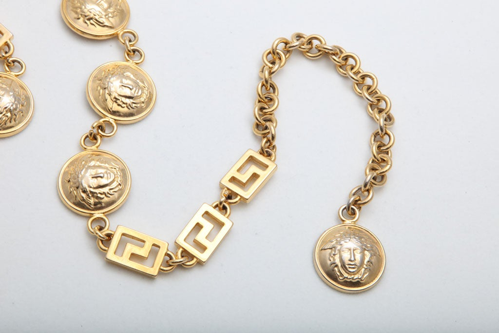 GIANNI VERSACE GOLD MEDUSA CHAIN BELT/NECKLACE image 4