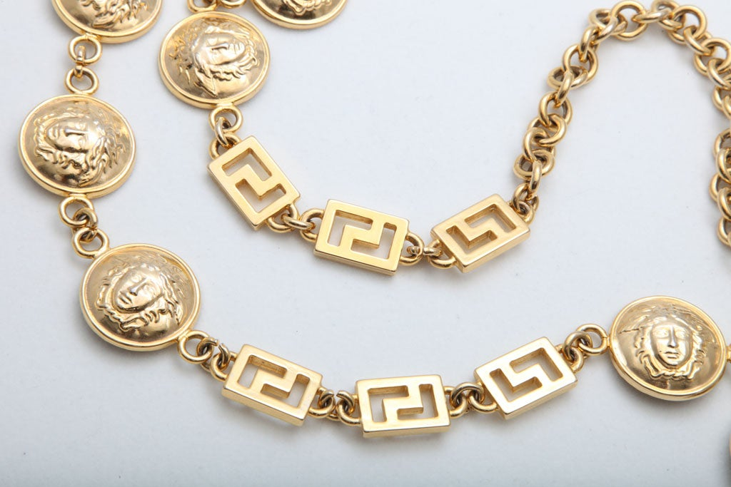 GIANNI VERSACE GOLD MEDUSA CHAIN BELT/NECKLACE image 5