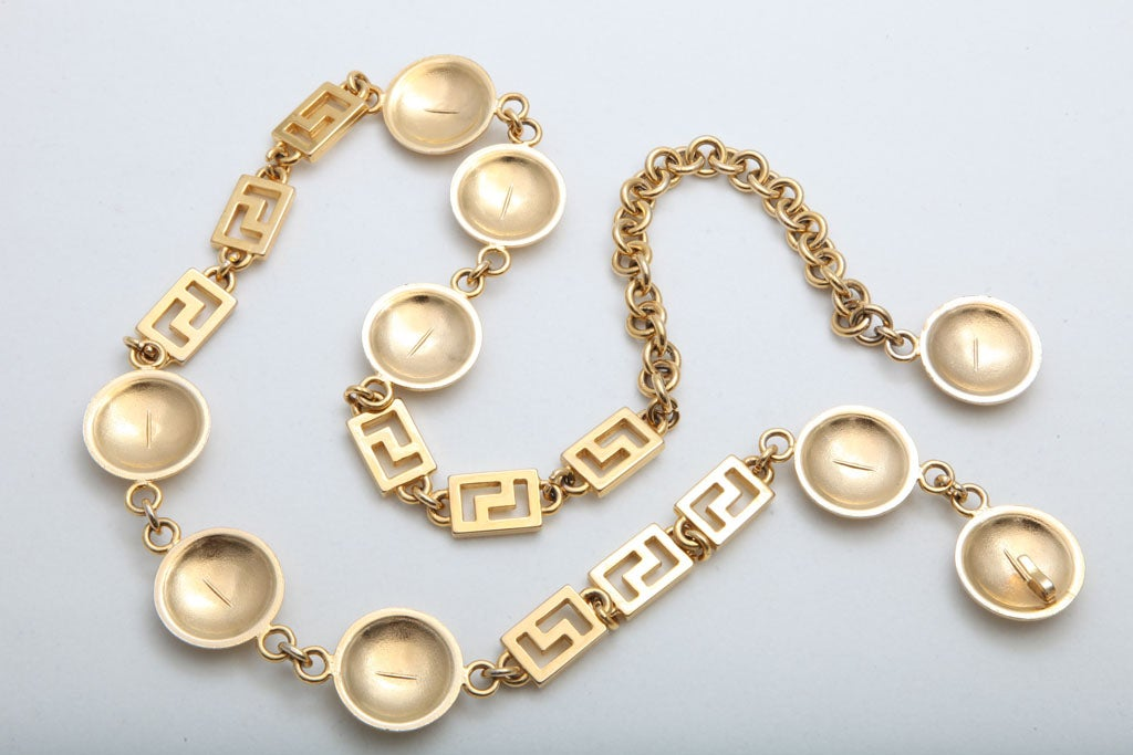 GIANNI VERSACE GOLD MEDUSA CHAIN BELT/NECKLACE image 6