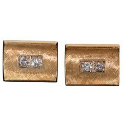 Pair of Gold Cufflinks with Diamonds