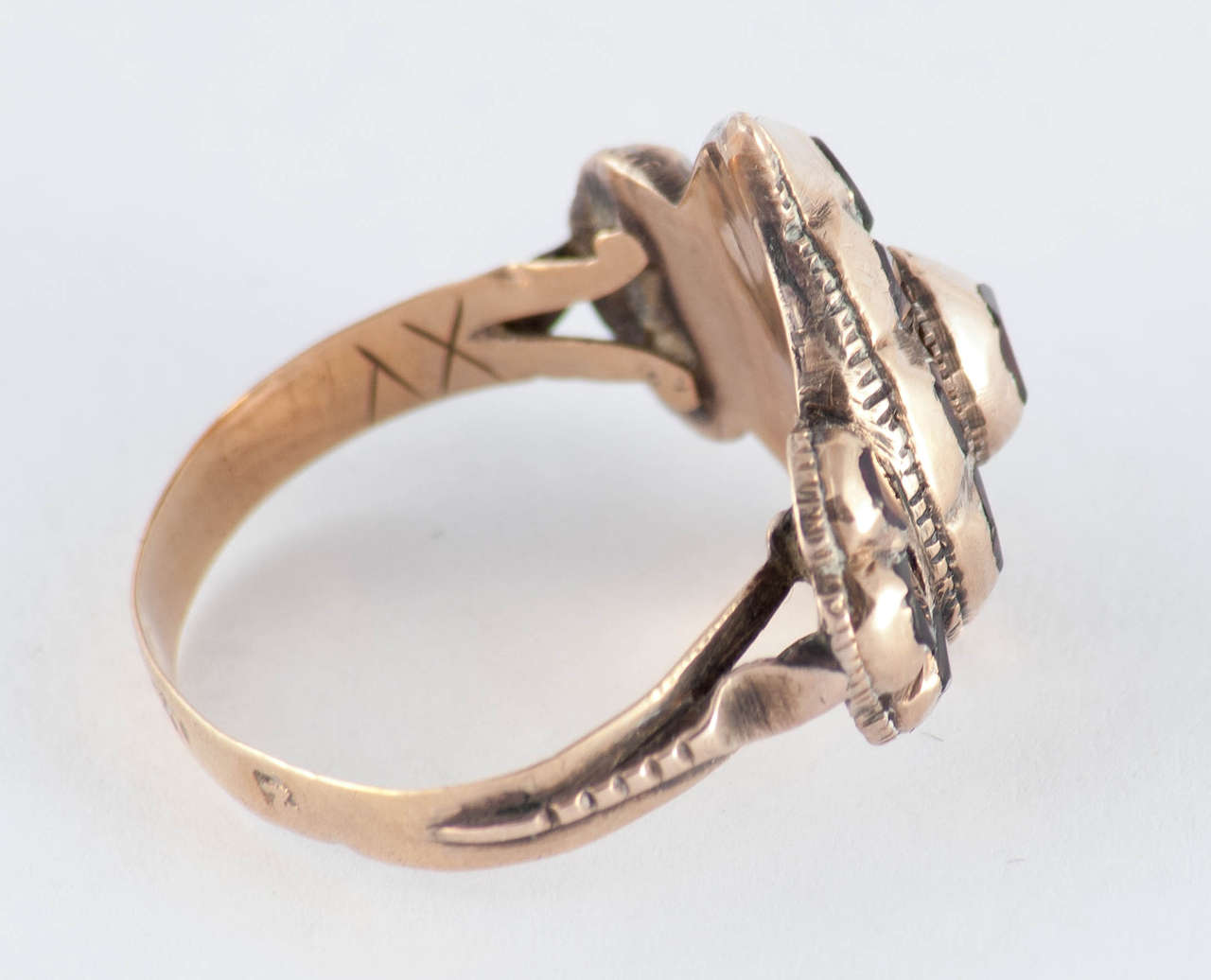 Baroque Antique Spanish Garnet Gold Heart Ring For Sale