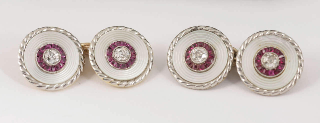 Edwardian Pair of Burma Ruby Diamond Gold Platinum Cufflinks and two Studs In Good Condition For Sale In London, GB