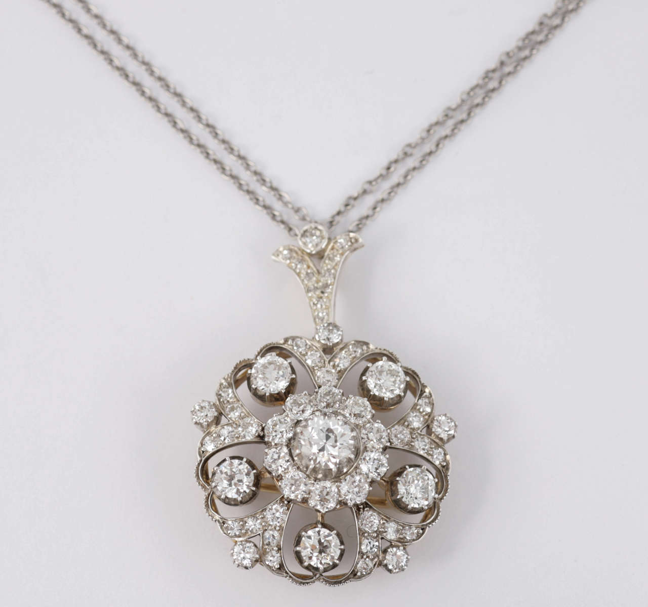 Late Victorian Diamond Target Cluster Brooch/Pendant For Sale 3