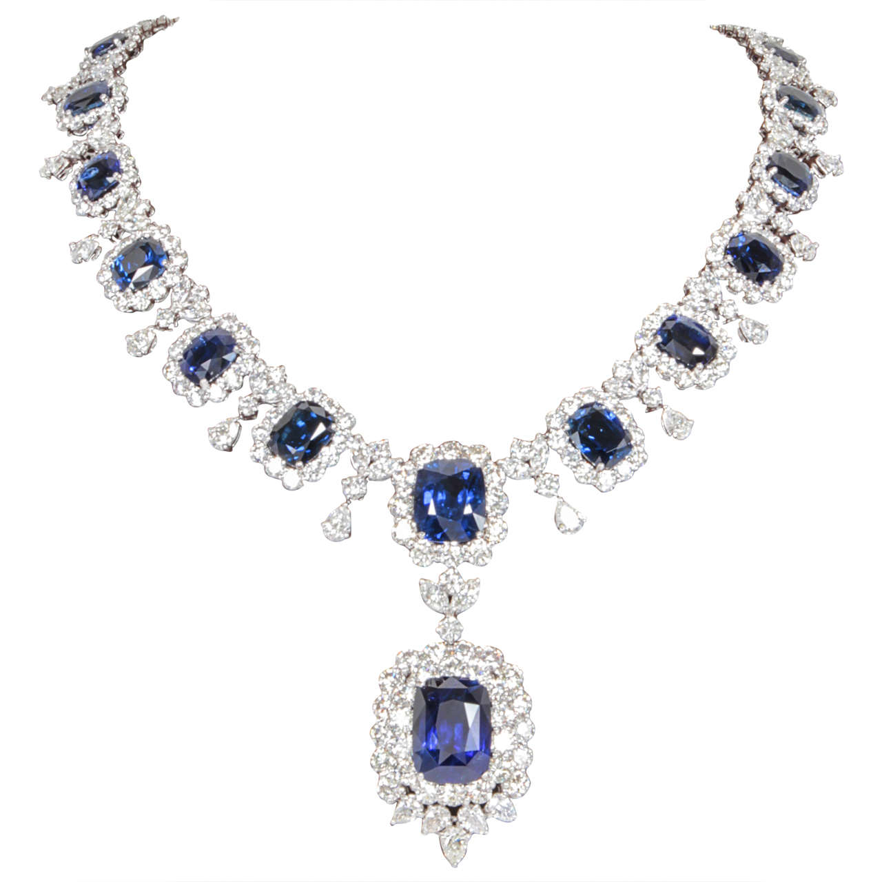 Important Cushion Cut Ceylon Sapphire Diamond Platinum Necklace For Sale