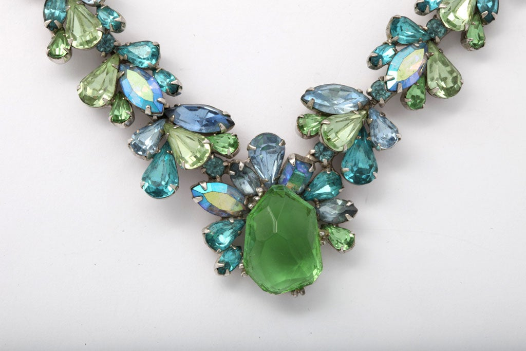 Women's Turquoise and Green Rhinestone Necklace For Sale