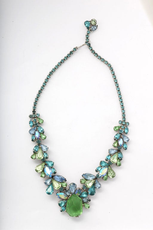 Beautifully crafted, prong set turquoise and green rhinestone necklace.