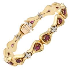 1940s Elegant Ruby Diamond Bow Motif Bracelet