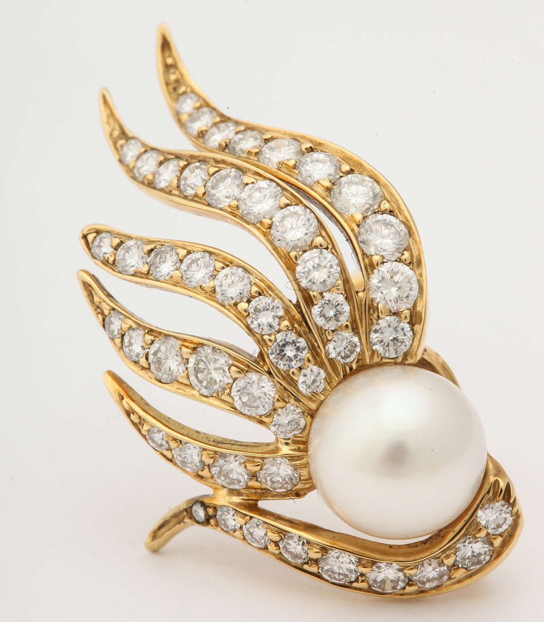 1980s Seaman Schepps Pearl Diamond Gold Flame Earclips For Sale 2