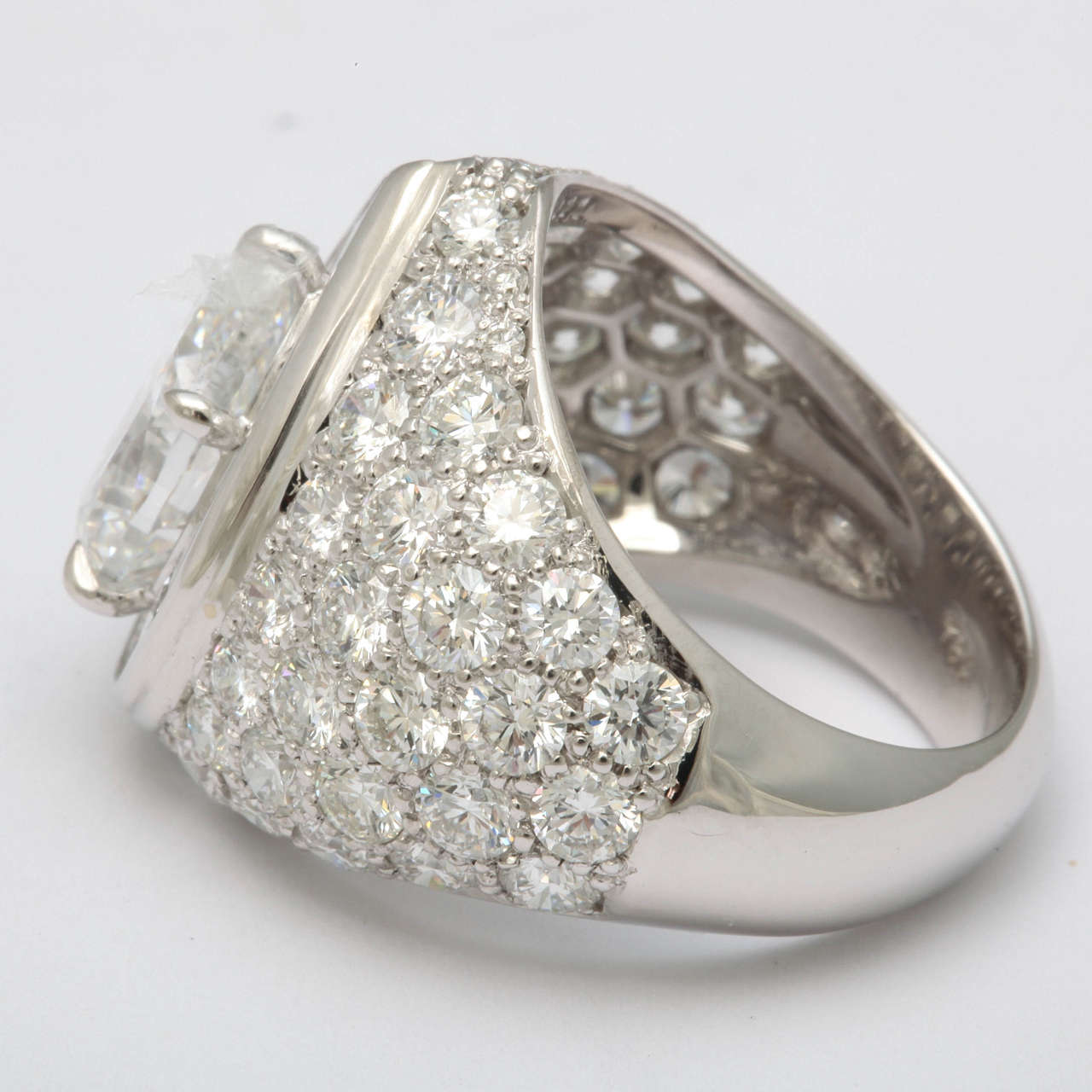 Magnificent Pear Shape Diamond RIng For Sale 1