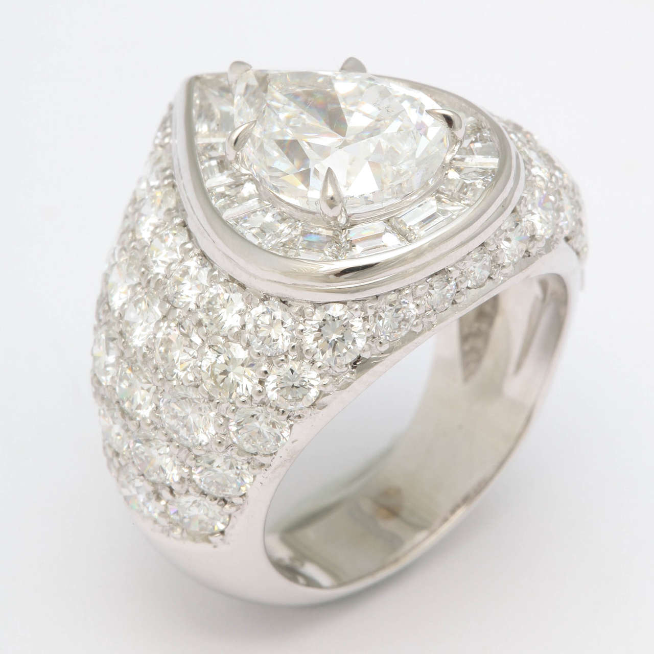 Magnificent Pear Shape Diamond RIng For Sale 2