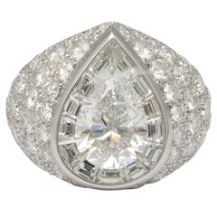 Magnificent Pear Shape Diamond RIng