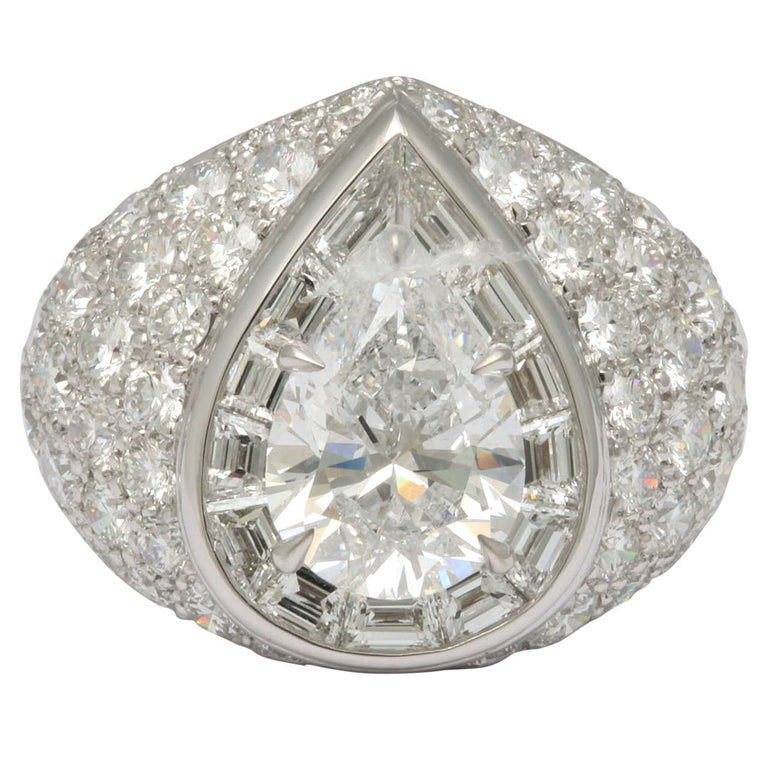 Magnificent Pear Shape Diamond RIng For Sale