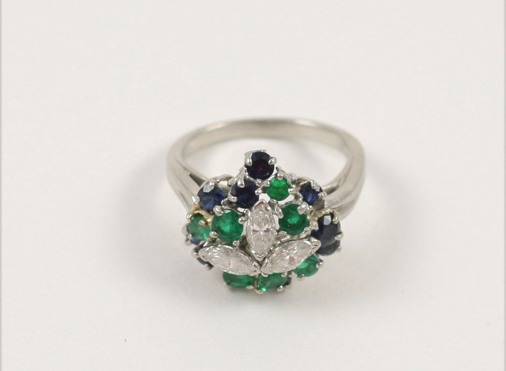 Women's CHIC PLATINUM, SAPPHIRE, EMERALD, & DIAMOND RING For Sale