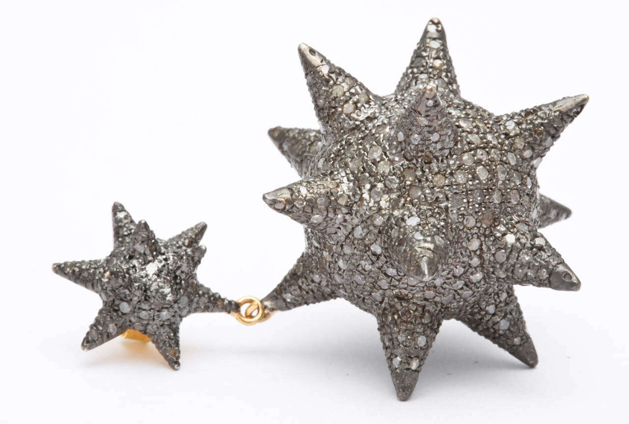 Super Star Diamond Silver Earrings In Excellent Condition For Sale In Fifth Avenue, NY