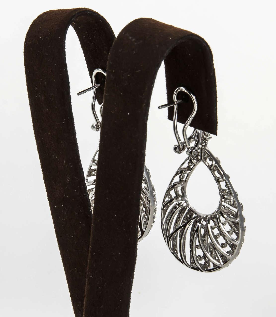 Pear Shaped Diamond Gold Dangle Earrings For Sale 1