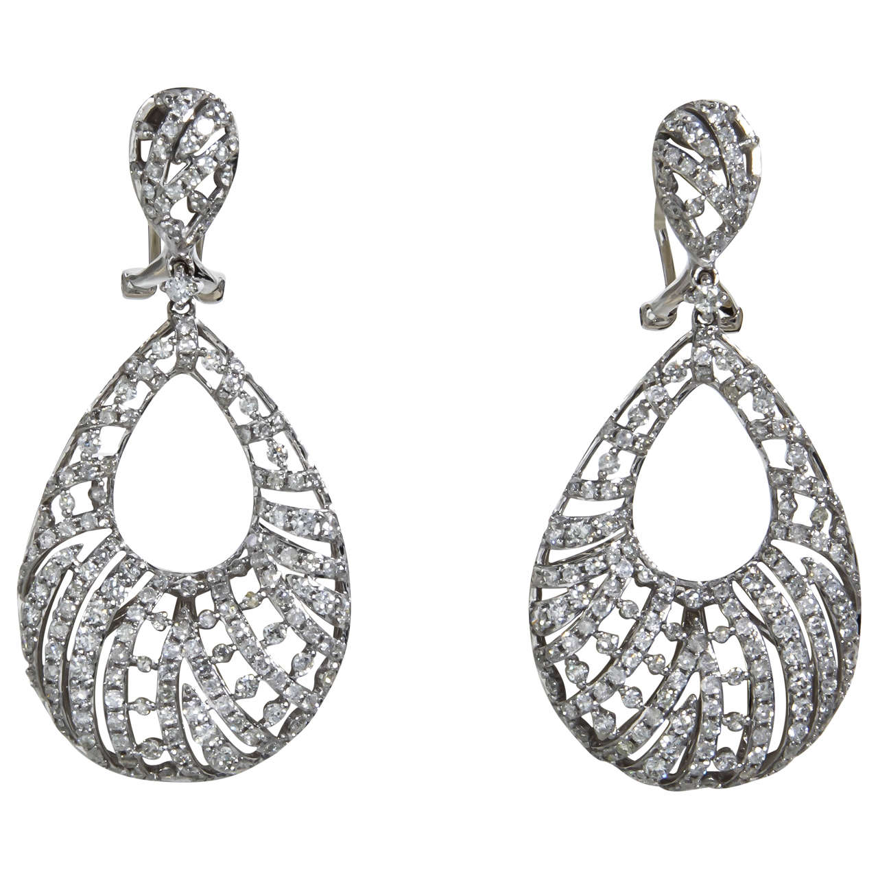 Pear Shaped Diamond Gold Dangle Earrings For Sale
