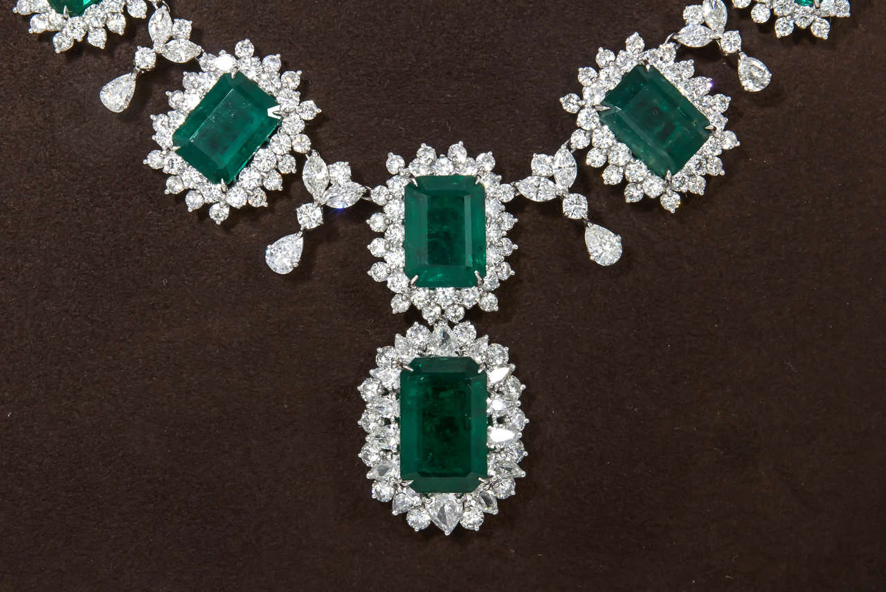 Iconic Emerald Diamond Platinum Drop Necklace 3