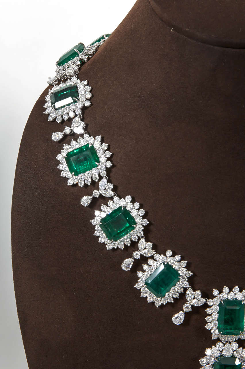 Iconic Emerald Diamond Platinum Drop Necklace 4