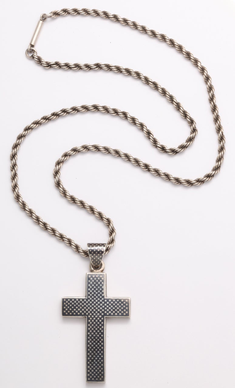Women's or Men's Victorian Niello Cross on a Rope chain For Sale