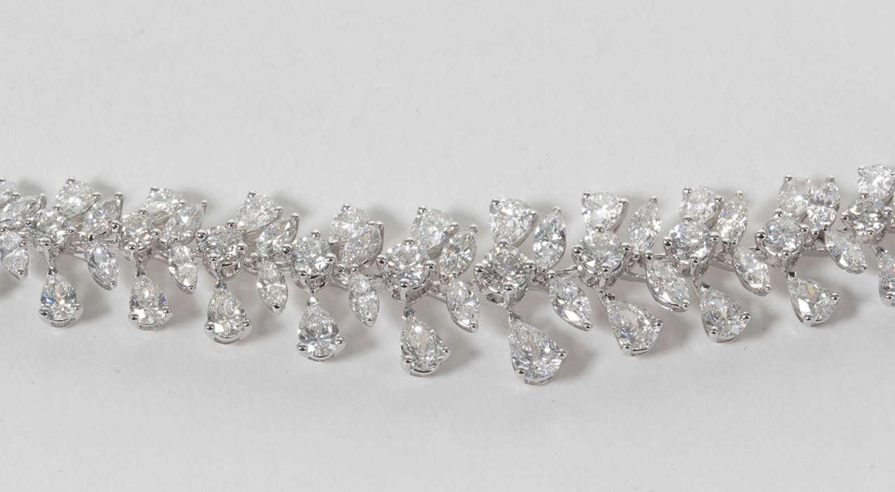 Classic Diamond Wreath Necklace 5