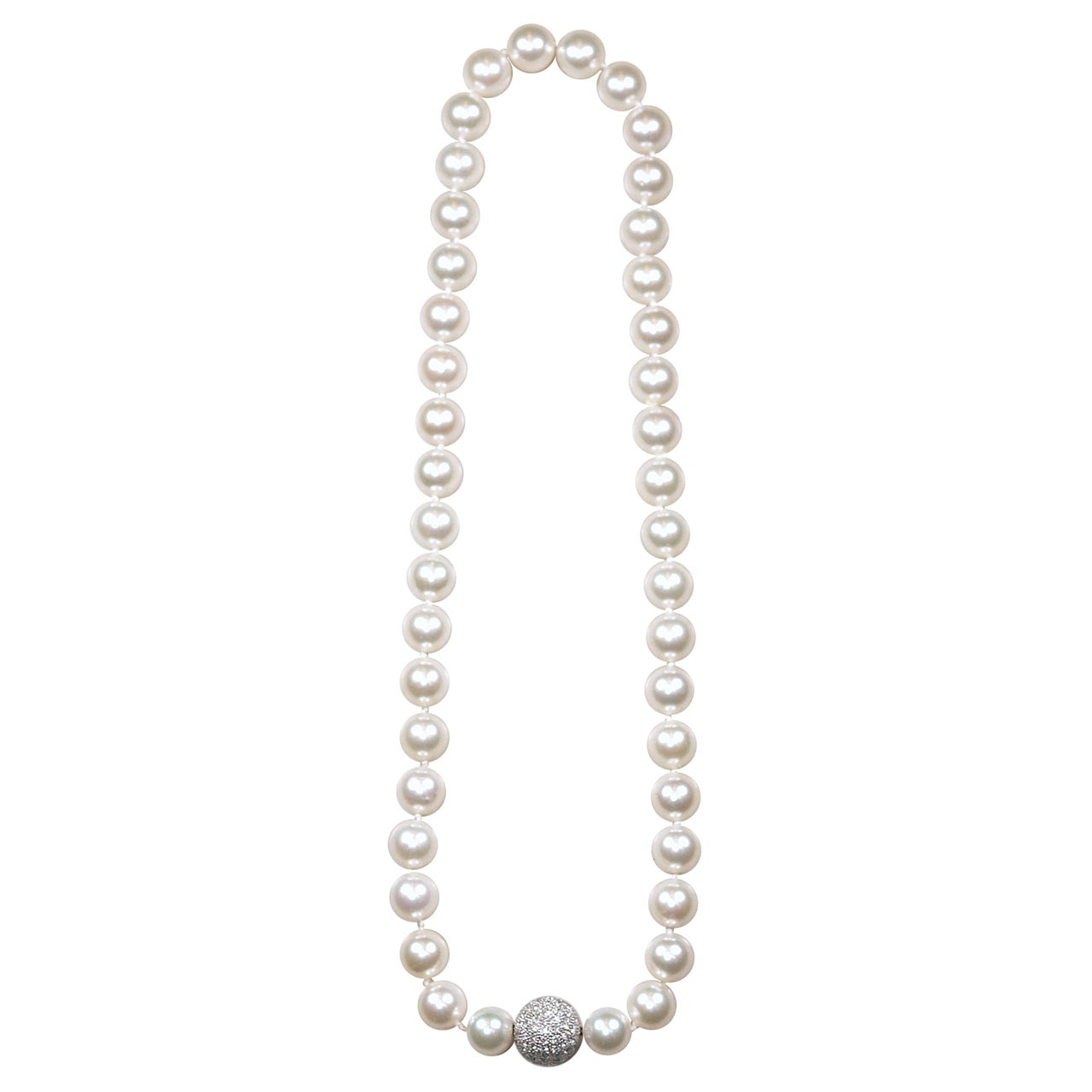 Classic Strand Pearl Necklace with Diamond Ball Clasp For Sale