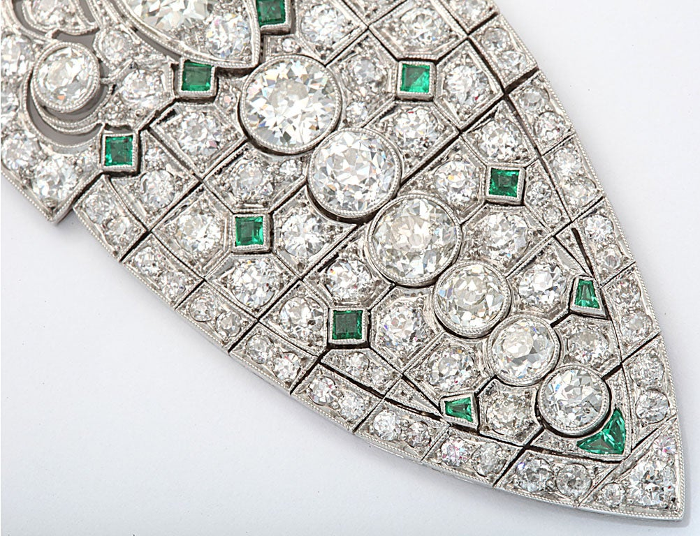 Magnificent Art Deco Emerald Diamond Platinum Lavaliere 6