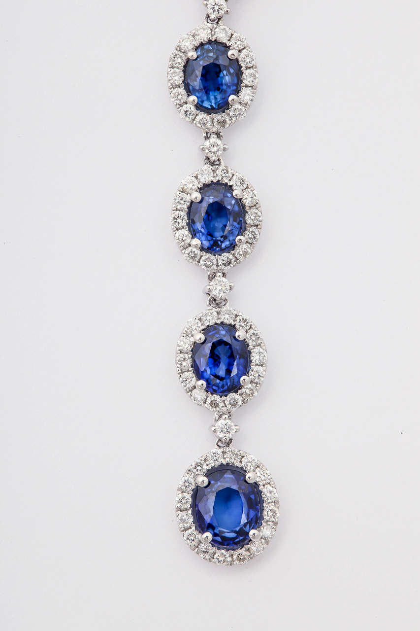 Women's Stunning Blue Sapphire Diamond Gold Drop earrings For Sale