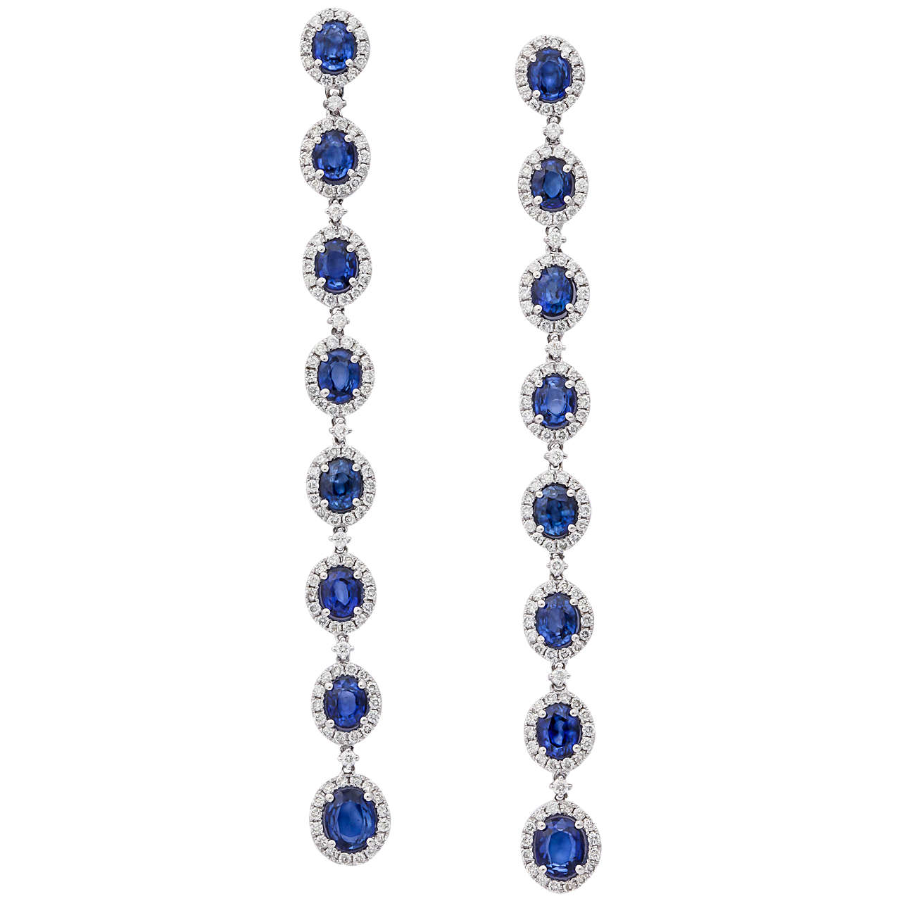 Stunning Blue Sapphire Diamond Gold Drop earrings For Sale