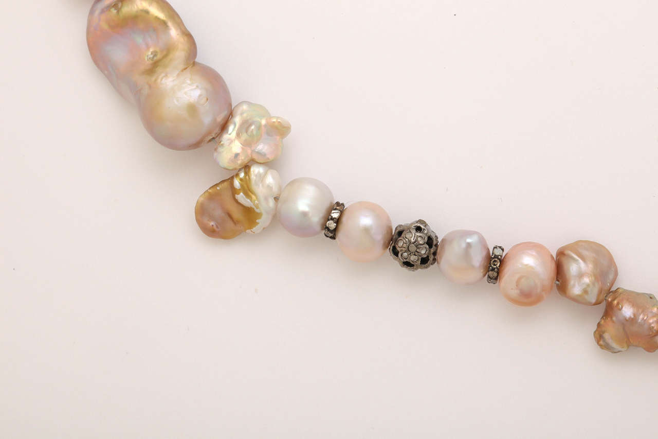 Unusual Pink and Gold Baroque Pearl Necklace For Sale at 1stdibs