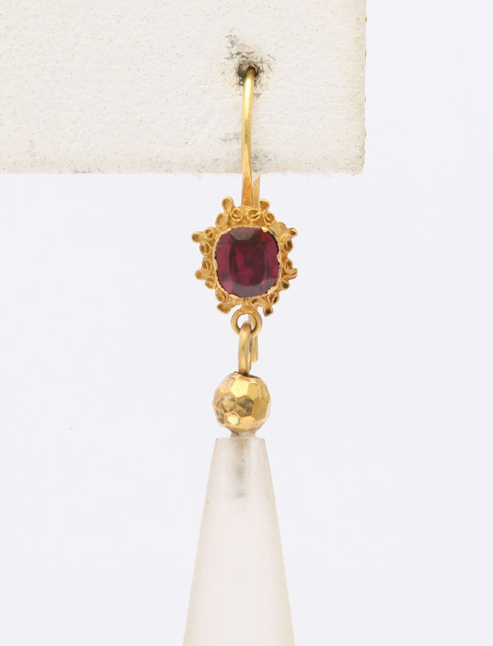 Par Elegance Garnet and Chalcedony  Chandelier Earrings In Excellent Condition For Sale In Hastings on Hudson, NY