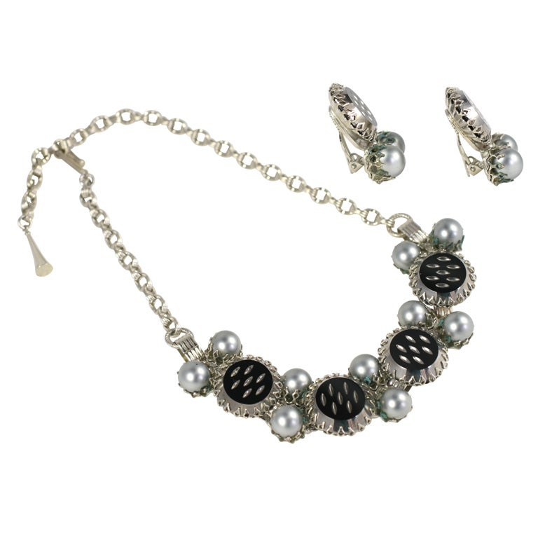 "Grey ""Pearl"" and Black Necklace and Earrings For Sale"