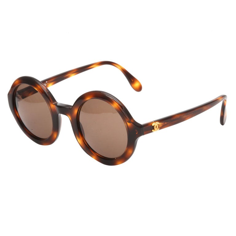 5294675606 CHANEL ROUND SUNGLASSES BROWN at 1stdibs
