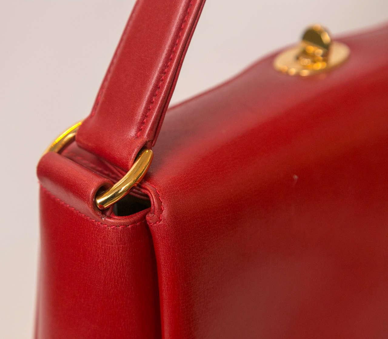 Classic Gucci Handbag 3