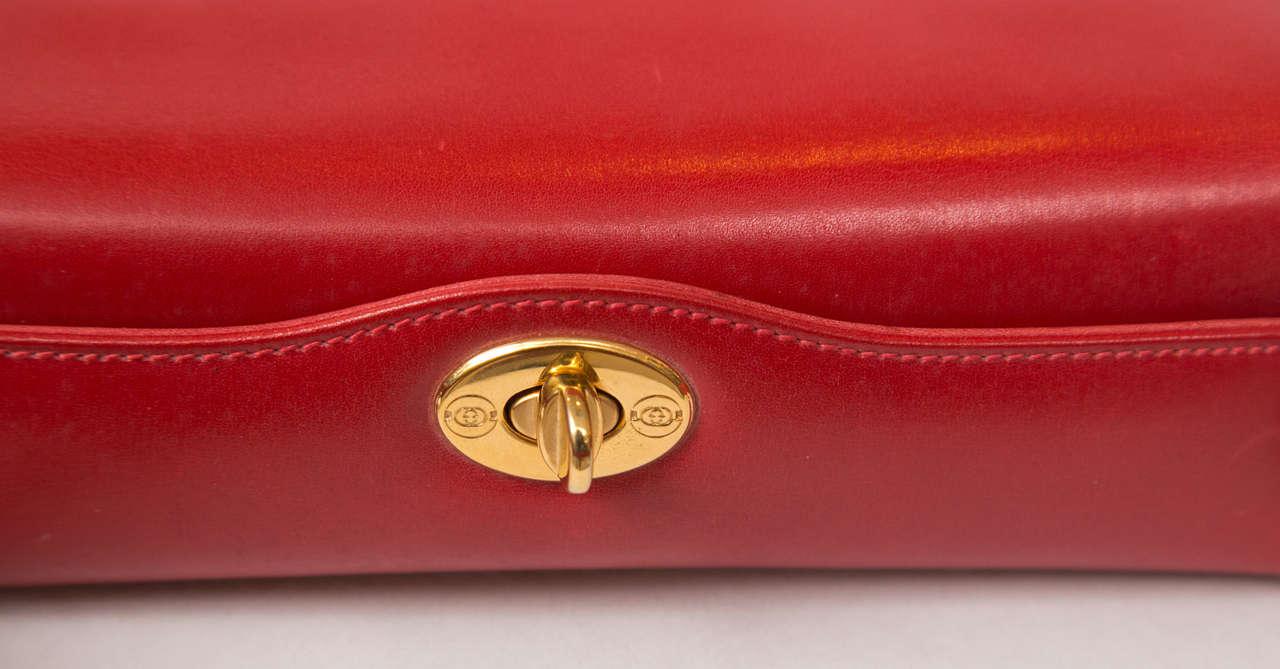 Classic Gucci Handbag 4