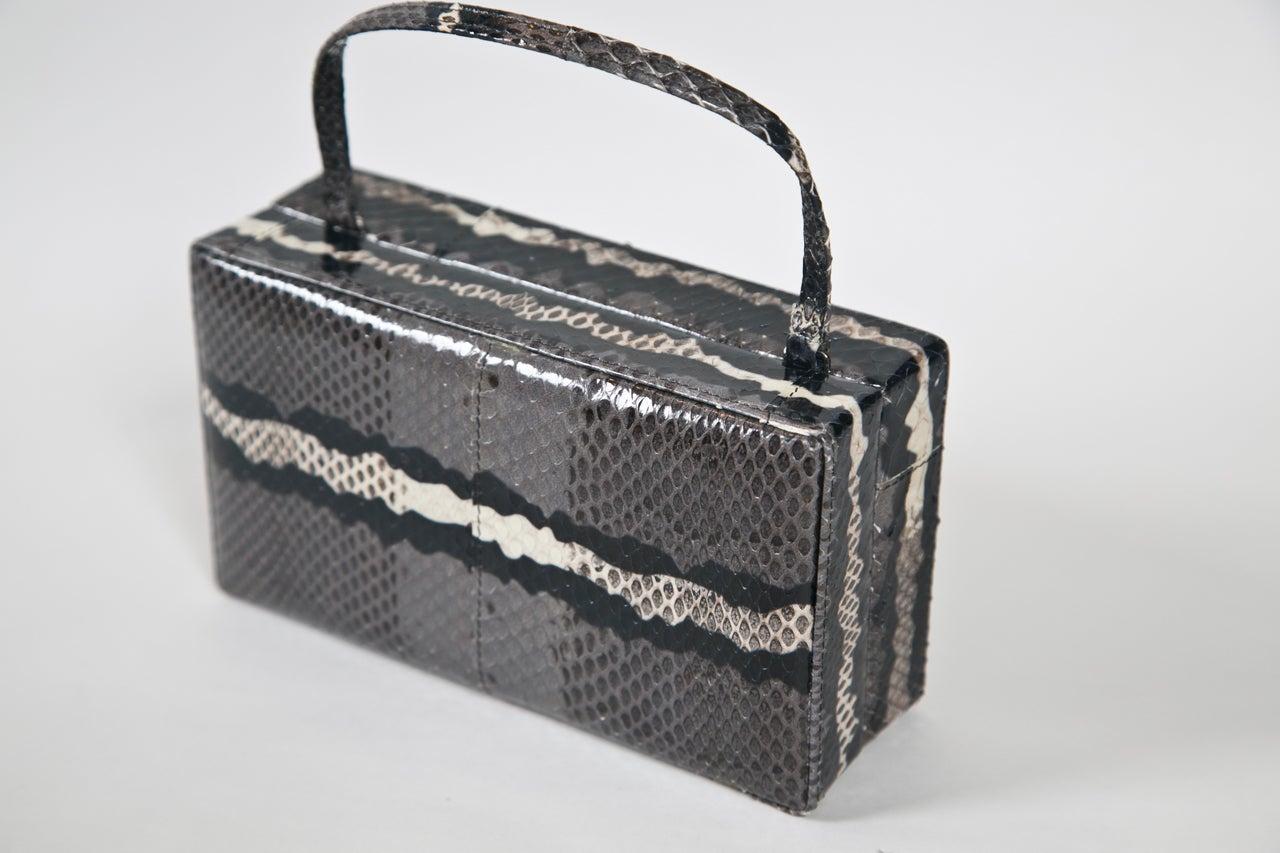 calvin klein skin colorblock handbag In Excellent Condition For Sale In Stamford, CT