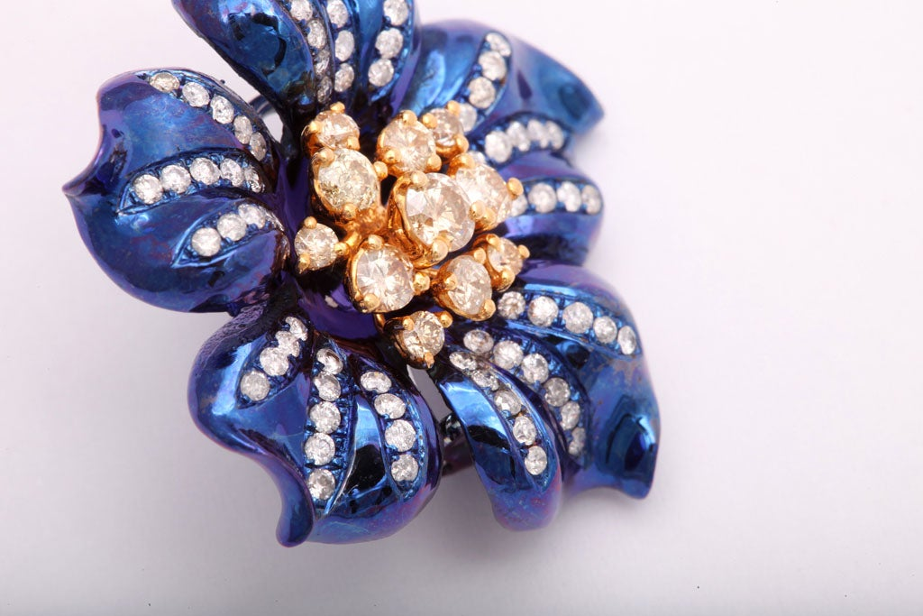 Fantastic Electric Blue Titanium and Diamond Flower Earrings For Sale 3