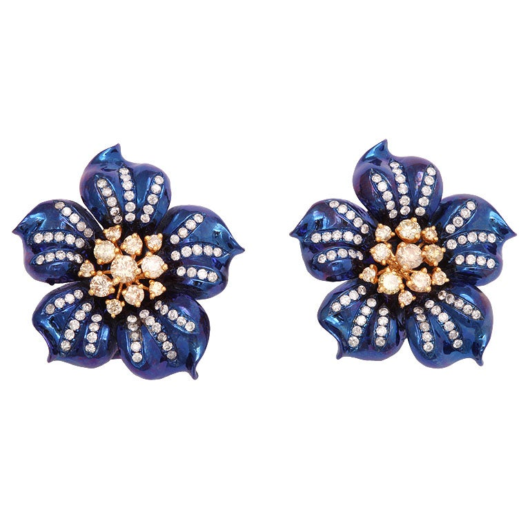 Fantastic Electric Blue Titanium and Diamond Flower Earrings For Sale