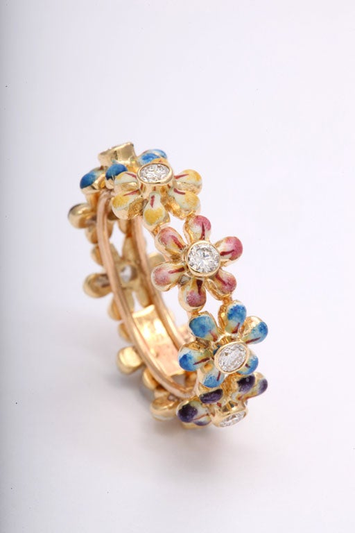 Women's Delightful Daisy Flower Enamel and Diamond Ring / Band For Sale