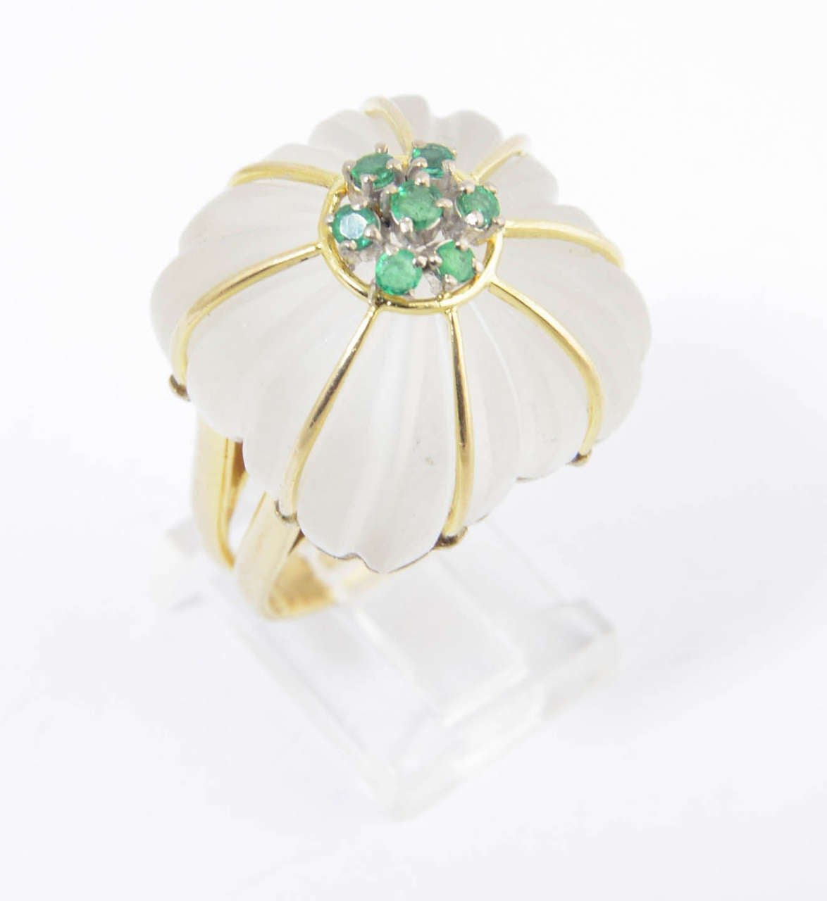 1970s Carved Rock Crystal Emerald Gold Ring For Sale 2