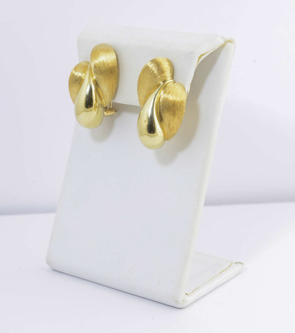Contemporary Henry Dunay Florentine and High Polish Finish Gold Earrings For Sale