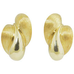 Henry Dunay Florentine and High Polish Finish Gold Earrings