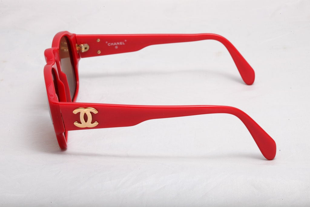 5f854e7041d Women s or Men s RARE CHANEL RED SUNGLASSES WITH GOLD CC For Sale