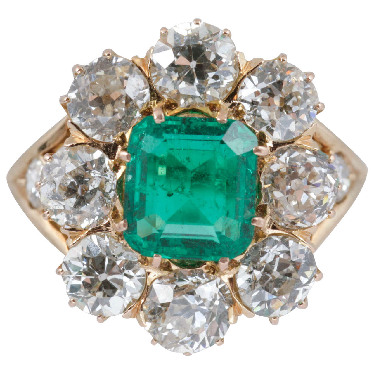 Late Victorian Emerald And Diamond Cluster Ring 1