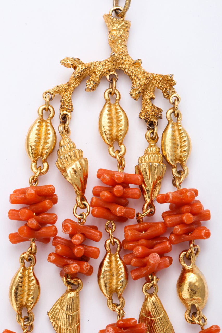 Coral and Shell Pendant Necklace 4