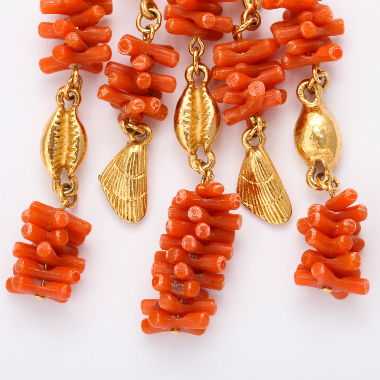 Coral and Shell Pendant Necklace 5
