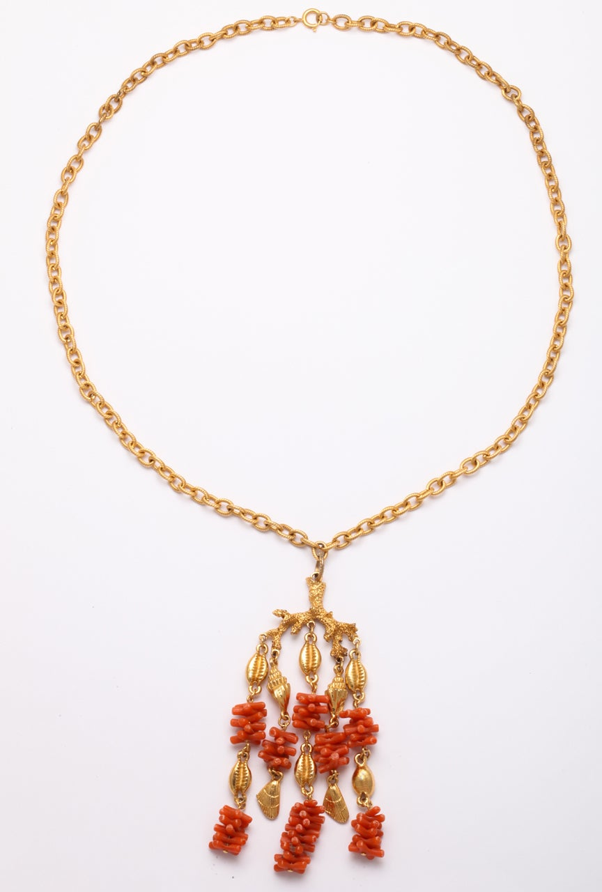 Coral and Shell Pendant Necklace 6