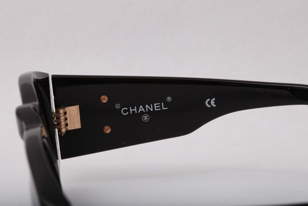 CHANEL BLACK/GOLD SUNGLASSES 6