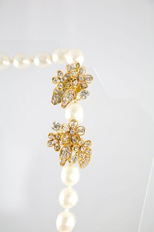 Chanel Stunning Pearl and Rhinestone Sautoir For Sale 3
