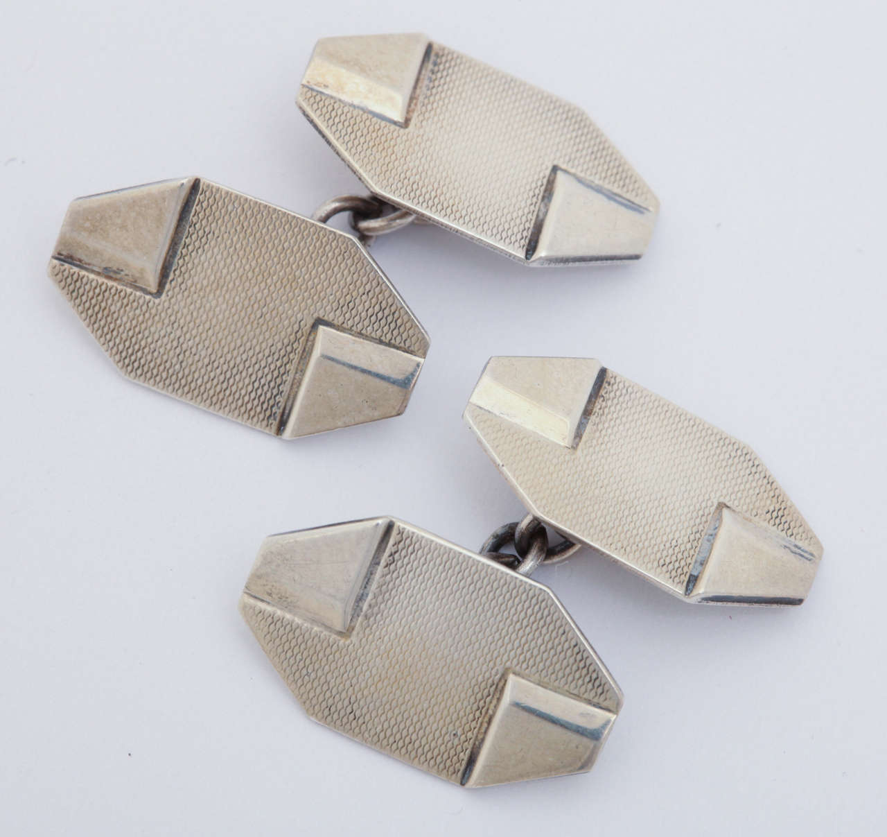1920s-1930s Art Deco Silver Cufflinks In Excellent Condition For Sale In New York, NY