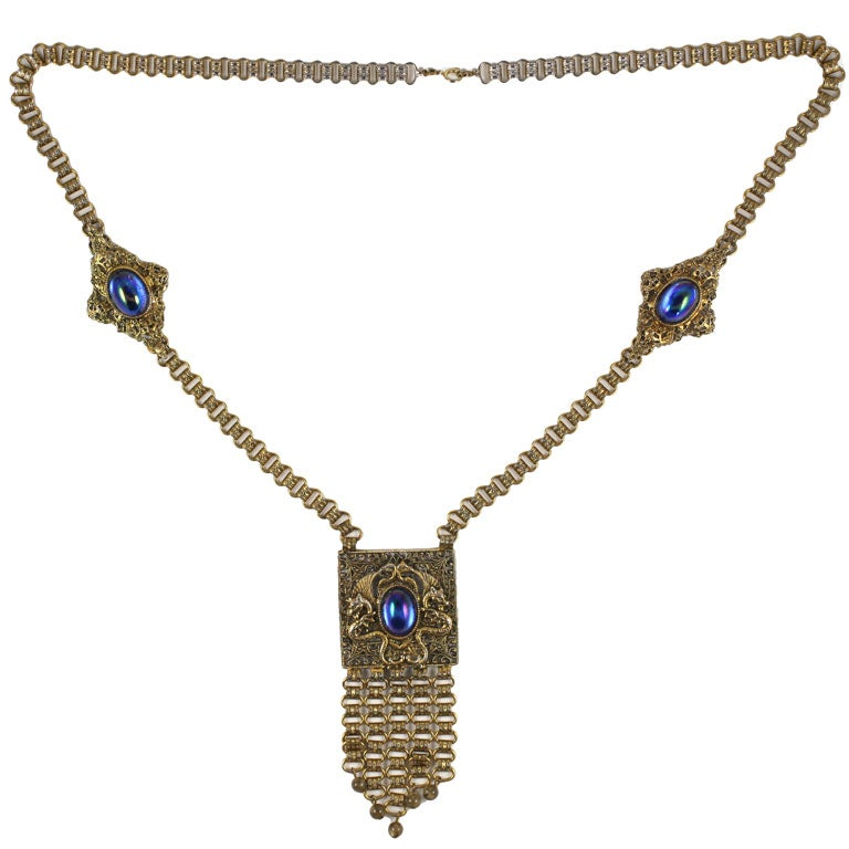 Exotic Edlee Pendant Necklace